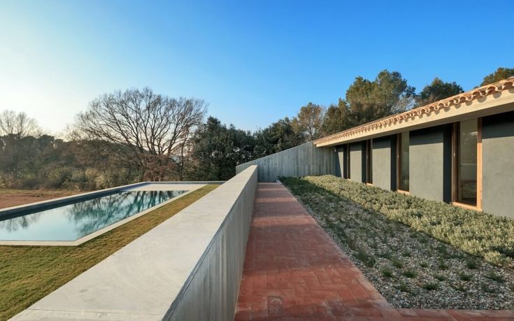 House S1 by bellafilarquitectes | HomeAdore