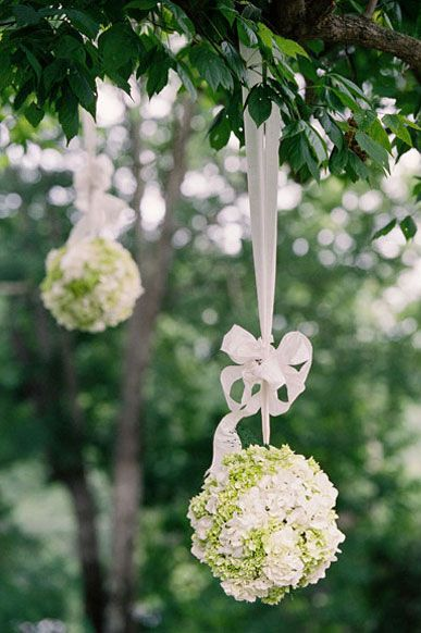 Wedding flowers - garden decor