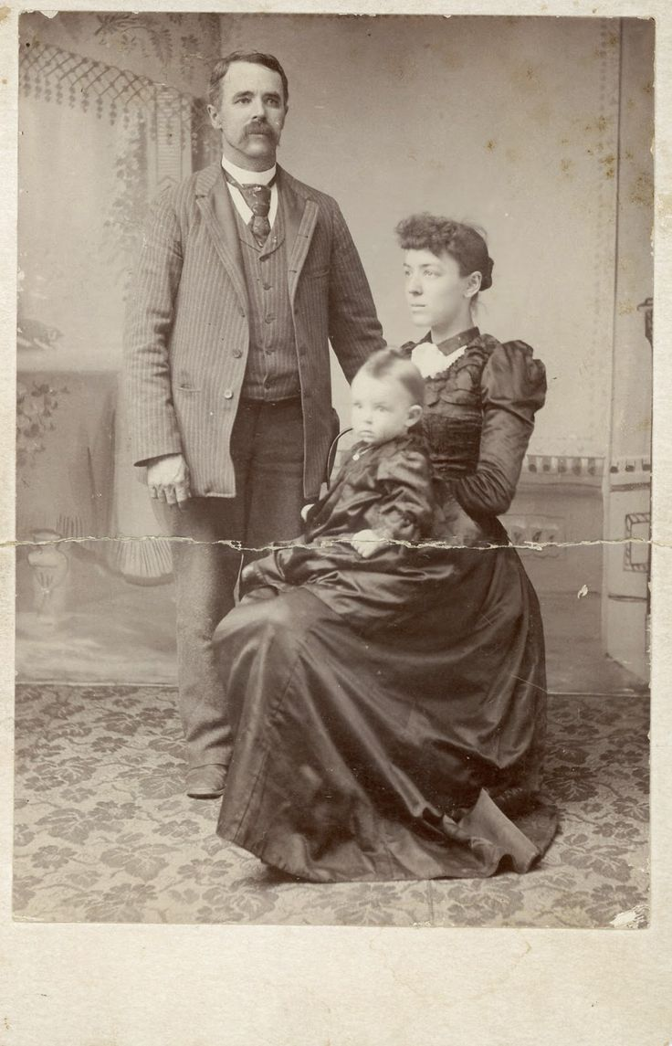 The Old Trunk in the Attic: Friday's Faces from the Past - Georgie Sloat