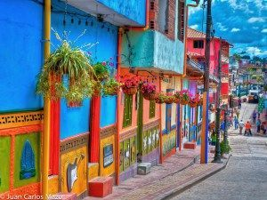 Rue typique de Guatapé