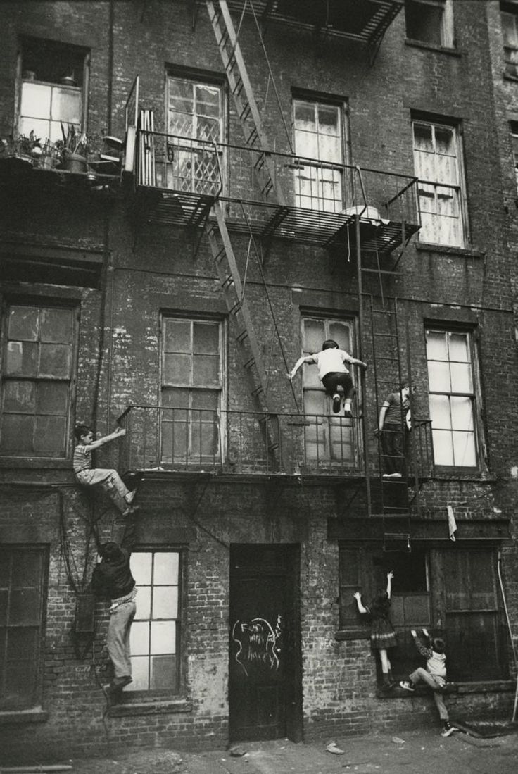 Kids playing on the Lower East Side, New York, 1963. By William Carter