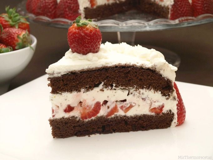 Tarta de nata y fresas, para San Valentín - MisThermorecetas