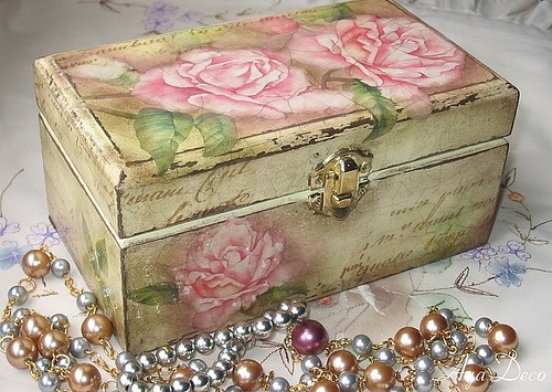 Decoupage Roses Box