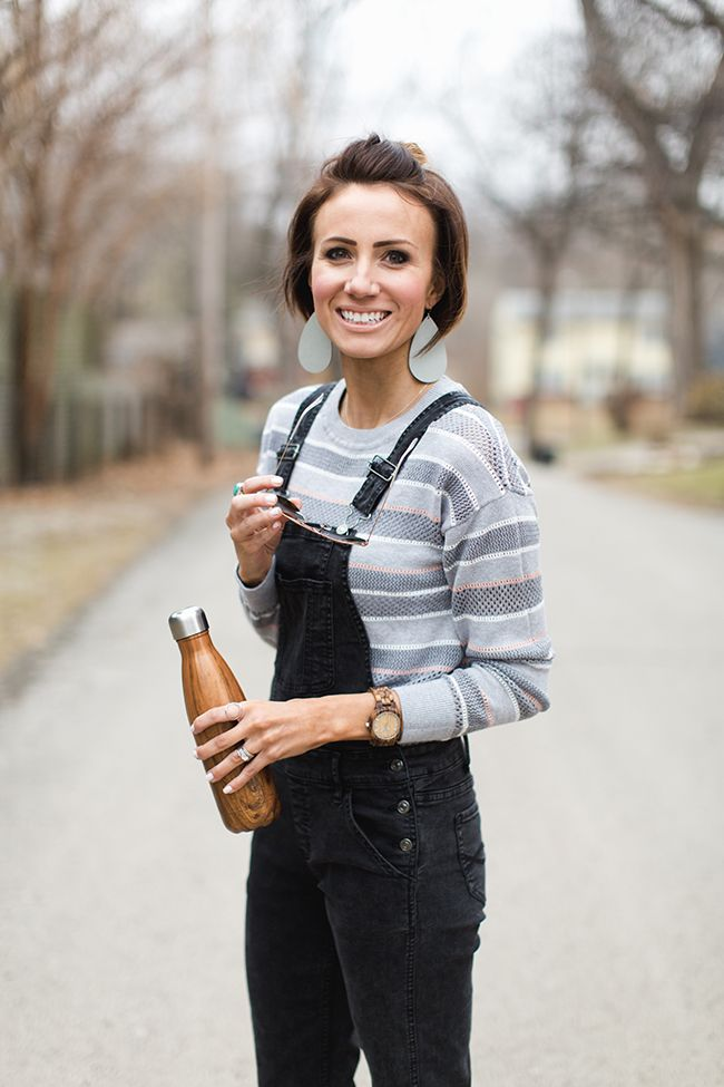 Spring Overalls, Leather Earrings, Mom Style, Modest Style, Street Style, Mormon Fashion Blogger