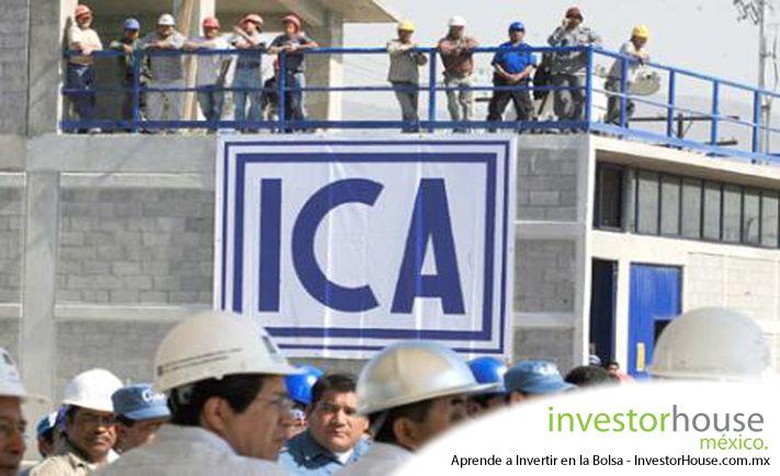 La mayor contructora de México, ICA, reportó este martes una fuerte pérdida neta en el segundo trimestre, debido a los menores ingresos y la depreciación del peso mexicano principalmente. Los resultados desplomaron el precio de sus acciones, con una pérdida del 7.14% en la Bolsa Mexicana de Valores dejando la acción en 10.27 pesos por título esta mañana. Las ventas netas de ICA cayeron un 8% por una menor actividad en el segmento de construcción que genera un 73% de los ingresos de la…