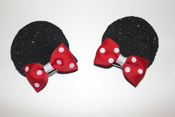 Minnie Mouse pigtail bows