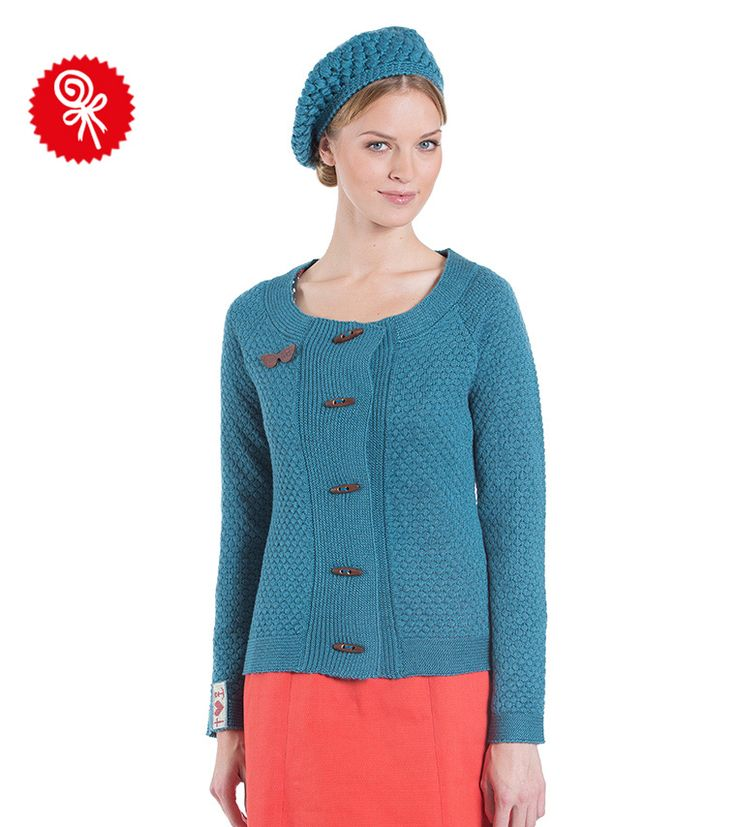 cosy career cardigan laundry blue bobble knit | M - 99,95 http://shop.blutsgeschwister.de/AUSWAHL/LASS-DICH-INSPIRIEREN/A-Woman-s-Work-Is-Never-Done/cosy-career-cardigan-oxid-3.html