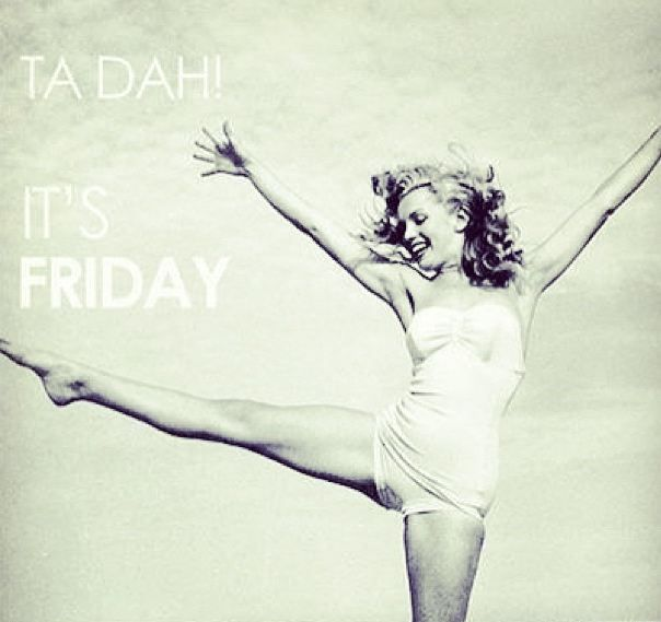 Gunaydin :) Bugun haftanin son gunu #cuma, hatirlatmak istedik :) Mutlu cumalar! #tgif #fridayiaminlove #weekend #holiday #markafoni #goodmorning #happyfriday #fashion #style #bestoftheday
