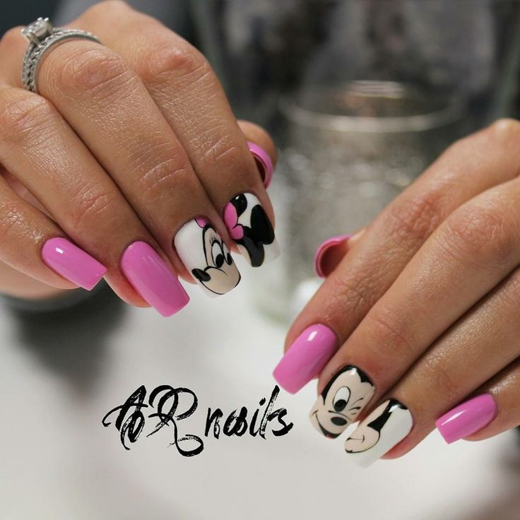 Mickey Mouse nails  Color gel. #arnails #nails #nailart #colorgel #design #alinaromeiko #nagupriauginimas #наращеныеногти #алинаромейко #ногти #дизайн #микки #розовыеногти #дисней #disney #beauty #красота