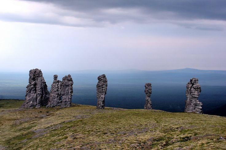 Останцы Маньпупунёра: как найти российский Стоунхендж