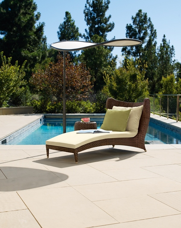 Papillon Contoured Chaise With Sun Wing From Brown Jordan.  #OutdoorFurniture #Florida #WestPalm