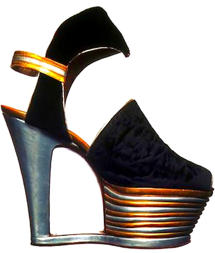 Salvatore Ferragamo - 1939 shoes platform pumps designer 30s 40s war era black stripes