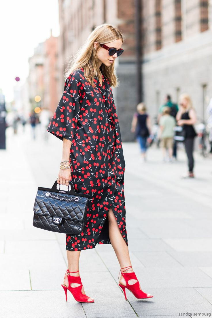 This cherry print is so charming , of course we have seen it at Saint Laurent, but on this silky fabric the print looks even fresher to me. Pernille is wearing the Danish label Lovechild 1979.: