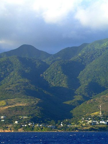 Drop anchor in St. Kitts for spectacular views including dormant volcanoes and gorgeous green hills. This island will make a beautiful backdrop to your Caribbean adventure.