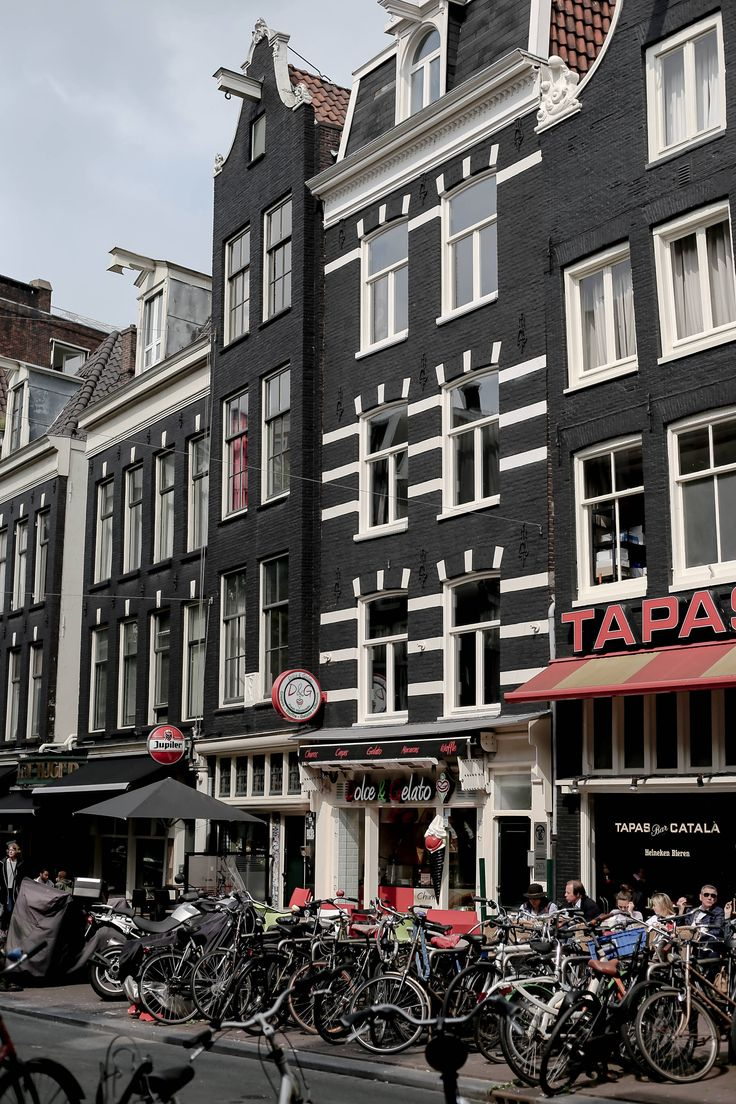 Amsterdam. www.marybeniga.com