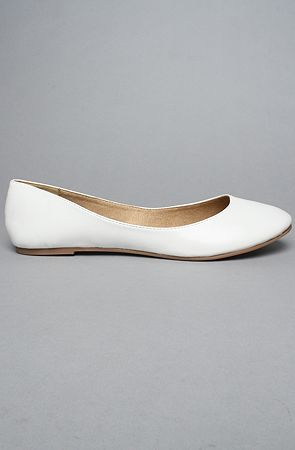 I need white flats for the summer