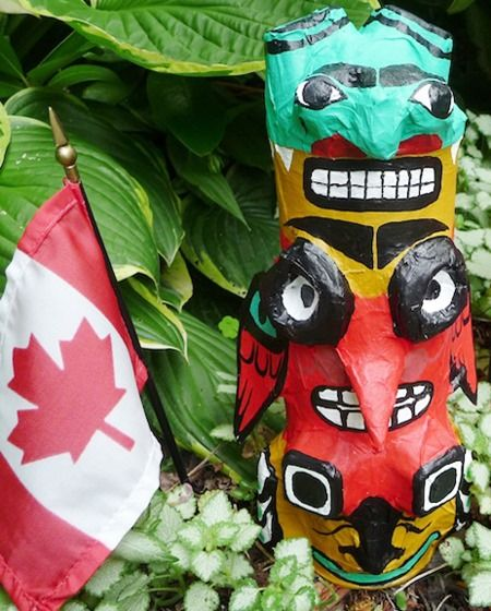 Totem Poles from Pringle Cans & Paper mache' + other Cool Crafts for Kids   Linky Party