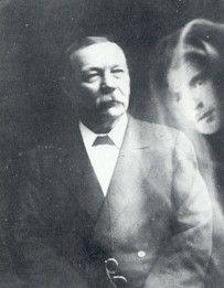 Sir Arthur Conan Doyle, renowned for creating the  deductive reasoning Sherlock Holmes, became a proponent of Spiritualism in his later years. He held  a séance  session with Houdini that caused  a rift  between the two friends. In 1920, he  defended the reality of fairies with  all evidence he could gather in The Cottingley fairies affair.  His evidence and arguments sound surprisingly similar in every respect to those of present-day books touting the idea that alien beings visit us in UFOs.