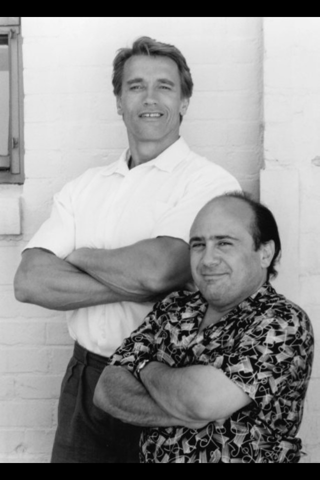 Arnold Schwarzenegger and Danny Devito Twins 1988