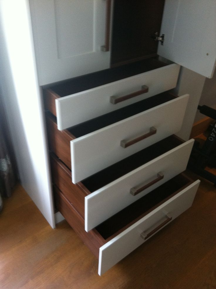 Bespoke wardrobe with drawers. By Anthony Mullan furniture