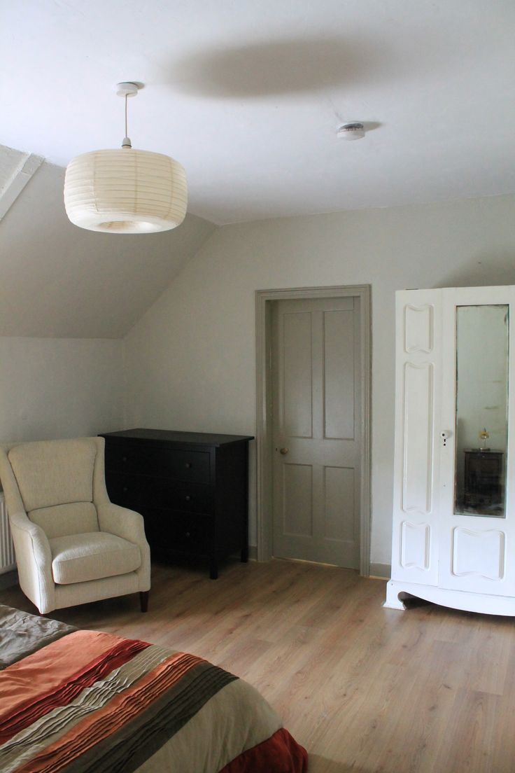Bedroom Painted Using Farrow Amp Balls Shaded White With Light Gray On The Skirting And Door