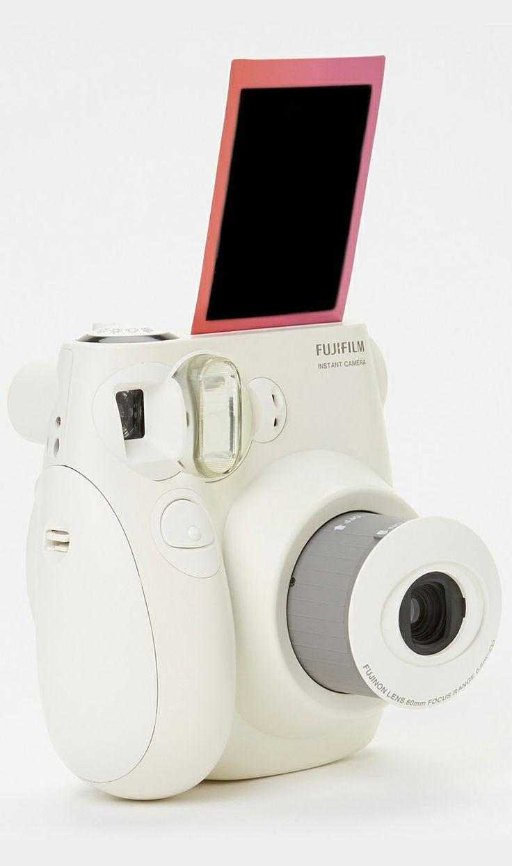Fujifilm // Instax Mini 8 Camera -- I want! #product_design #photography