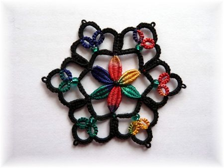 285 best Tatting Leaves and Flowers images on Pinterest