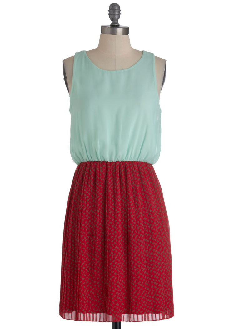Petit Fleurs Dress - Mid-length, Red, Green, Pleats, Twofer, Sleeveless, Fall, Floral, Casual