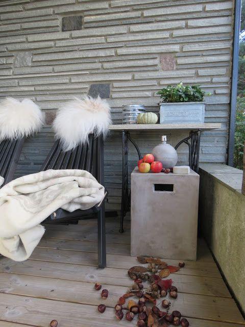 Terrassen har pyntet seg i høstskrud