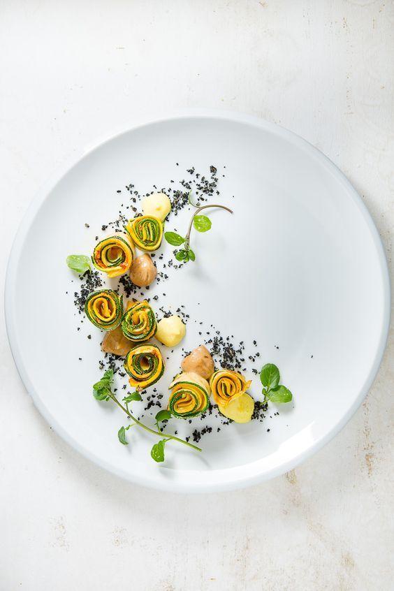 Dessert : Au cœur d'Eze Village entre Good et Monaco. Cité médiévale d'E…