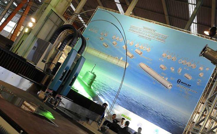 Criada em 2011, a Odebrecht Defesa e Tecnologia atua no mercado de defesa e constrói submarinos convencionais e de propulsão nuclear para o governo (foto). Em seu site, destaca as Forças Armadas como cliente. Atua em áreas como mísseis de alto e curto alcance; sistemas de comunicação; radares; satélites e veículos lançadores de satélites