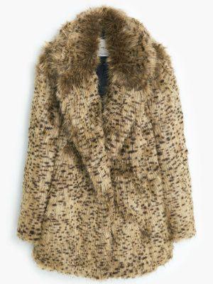 Manteau en fausse fourrure de Mango : De la fausse fourrure pour un vrai style - Journal des Femmes