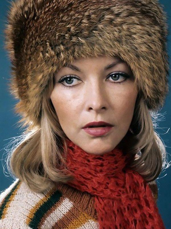 тот полуодетый русские актрисы фото посетить
