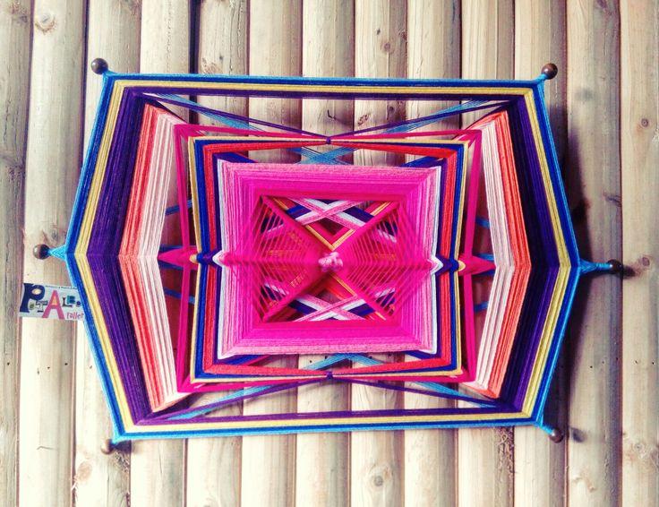 Jugando con formas y vueltas para crear un nuevo Mandala en tonos  q favorecen a la calma...💫💖✨ #patalbataller #diseñoindependiente #diseñodeautor #emprendedora #artesana #mandalas #energías #armonía #decoración #handmade #hechoconcariño