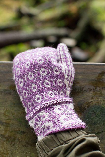 Ravelry: Aslaug pattern by Shannon Okey