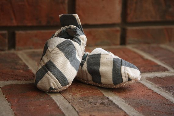 Hey, I found this really awesome Etsy listing at http://www.etsy.com/listing/158790511/chevron-toms-style-baby-shoes