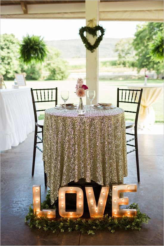 sweetheart table | love marquee sign | lighting ideas | elegant reception | #weddingchicks