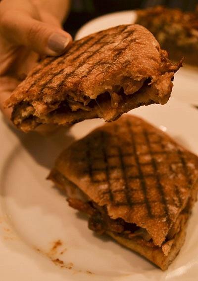 """[신세계 강남점 카페] 딘앤델루카 (DEAN & DELUCA) - 말로는 표현이 힘든 식자재들과 맛난 빵, 케이크, 샌드위치가 있는 """"딘앤델루카"""" :: 네이버 블로그"""