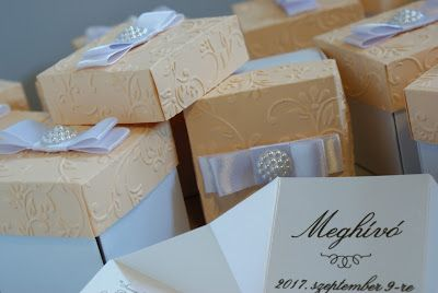 Doboz alakú esküvői meghívók - Amaltheia Manufaktúra www.amalthea-eskuvo.atw.hu