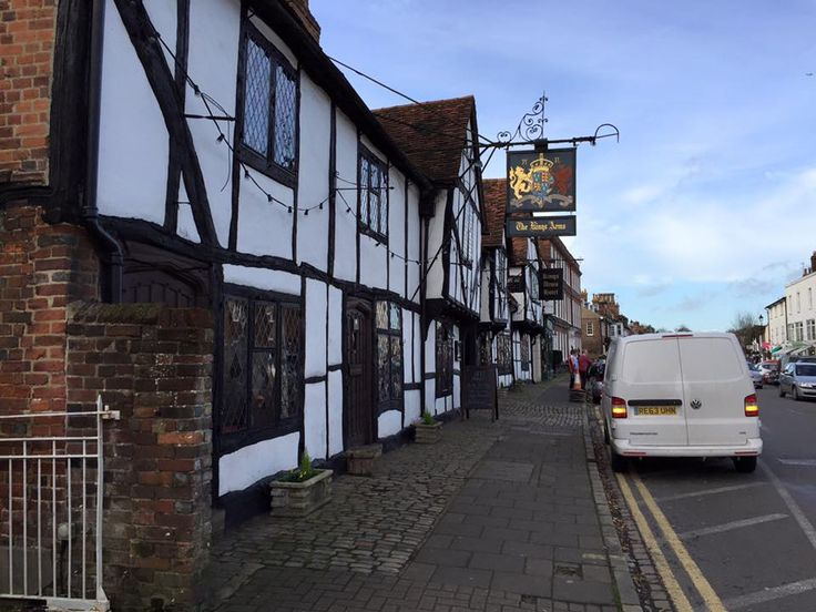 Amersham Old Town, where Bodyguards Inc HQ is set - features in Love's Design #5