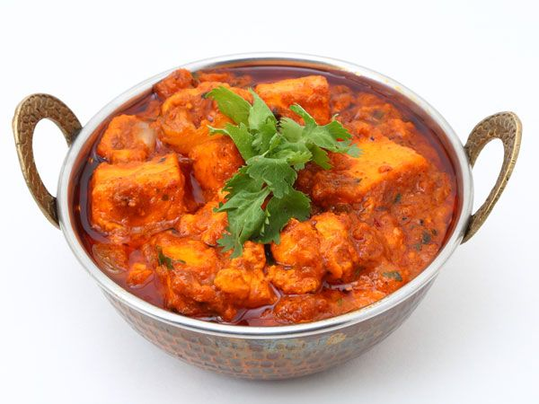 Want to try something tasty, spicy and easy? Then paneer chicken recipe is a must try. Do try this spicy gravy recipe today! Read to know how to prepare th