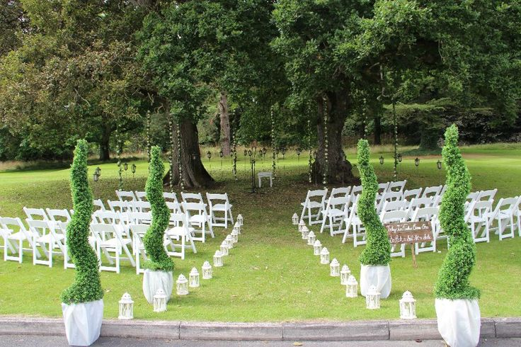 Outdoor ceremony decoration made by #LawlessFlowers