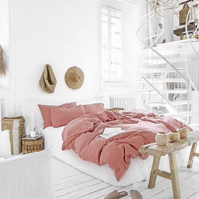 Those Slow Sun Drenched Mornings In Crisp New Bed Linens