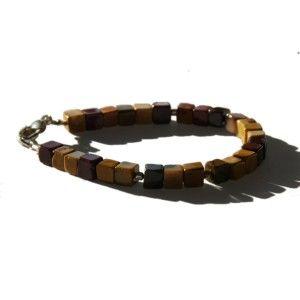 Bracelet Mookaïte  http://www.edendrops.com/54-192-thickbox/bracelet-homme-mookaite.jpg