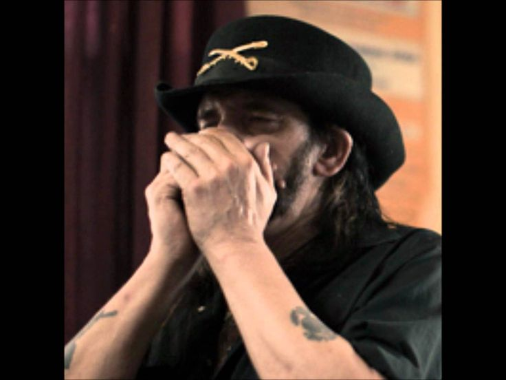 Great new version of the Motörhead classic. It's a slow acoustic version of the original song with Lemmy playing harmonica instead of the bass, and Phil play...