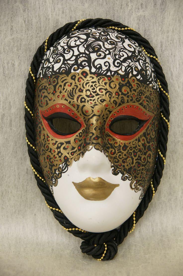 10 best venetian masks hand painted made of plaster of. Black Bedroom Furniture Sets. Home Design Ideas