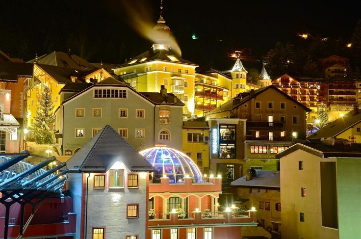 Ortisei #dolomiti #Italy #ski #overview #mountain #city
