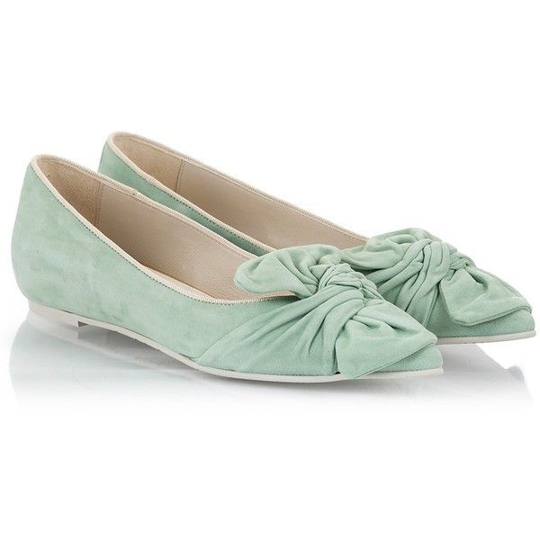 Ras - Light green suede leather bow detailed pointy ballet shoes (235 CAD) ❤ liked on Polyvore featuring shoes, flats, green, bow flats, suede ballet flats, flat shoes, pointed toe shoes and bow ballet flats