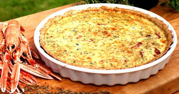 Prästostpaj med dillfrö, kapris, soltorkade tomater och timjan | Recept från Köket.se