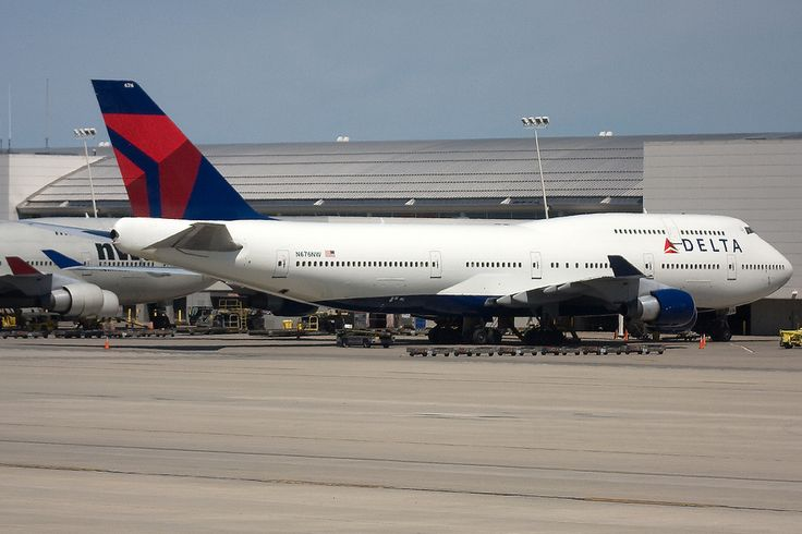 https://flic.kr/p/rcFSoo   N676NW, Boeing 747-451, (33001), Delta Air Lines, Detroit Metropolitan Wayne County Airport (DTW), 31/05/2009   Retired and Stored Oct 2014